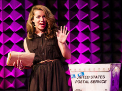 Hannah Brencher: Love letters to strangers