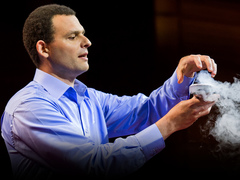 Boaz Almog: The levitating superconductor