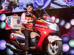 Eli Beer: The fastest ambulance? A motorcycle