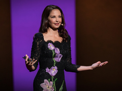 Ashley Judd: How online abuse of women has spiraled out of control